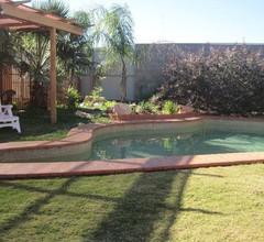 Desert Rose Inn Alice Springs 1