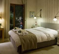 Nikoleta Luxury Villa 1