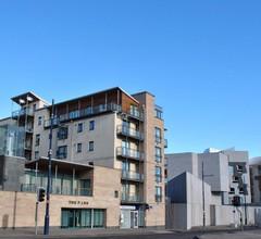 Dreamhouse Apartments Edinburgh Holyrood Park 2