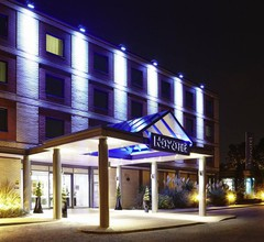 Novotel London Heathrow Airport - M4 Jct 4 2