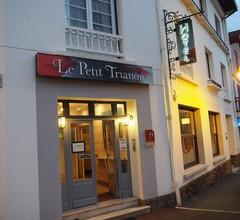 Hotel Le Petit Trianon 2