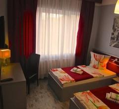 Hotel 108 2