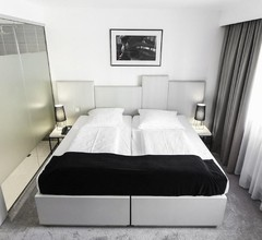 Pearl Hotel 2