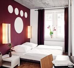 Five Elements Hostel Frankfurt 1