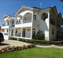 Hotel Villa Capri Salon & Spa 1