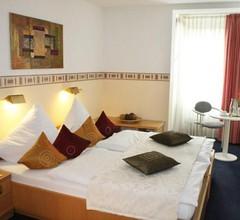 Hotel Pilar Garni 1