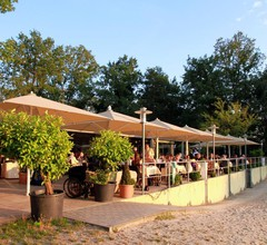 Hotel am Springhorstsee 2