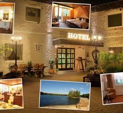 Hotel am Springhorstsee 1