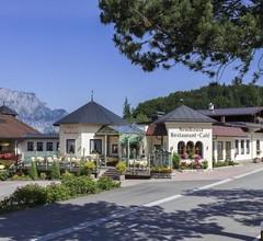 Hotel Neuhäusl Berchtesgaden 2
