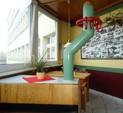 Motel & Rasthof Avus 1