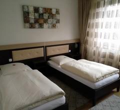 Hotel Alfa 1