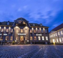 Schiefer Hotel 2