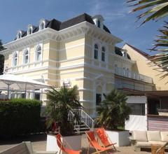 Mango's Strandhotel 1