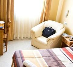 Hotel María Luisa 2