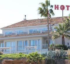 Hotel La Riviera 1