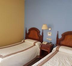 Hotel Residencia Alvargonzález 1