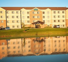 Staybridge Suites Wichita 1
