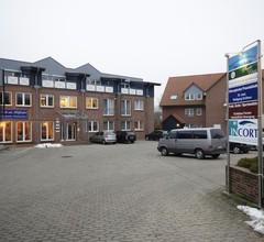 Hotel am Holzhafen 1