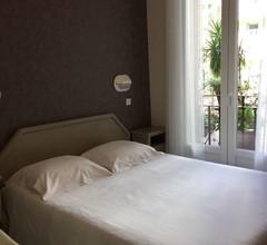 Hotel Bonaparte 1