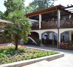 Hotel Arkutino 1