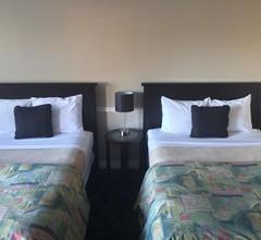 Horseshoe Bay Motel 2