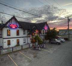 The Old Courthouse Inn 2