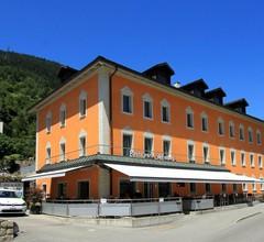 Hotel des alpes 1