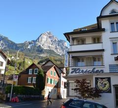 Hirschen Backpacker-Hotel & Pub 1