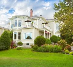 Fairholme Manor 2