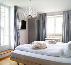 Schloss-Hotel Wartensee 1