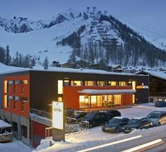 Smart-Hotel 1
