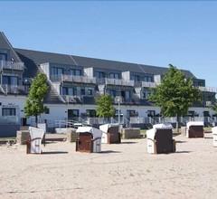 Strandhotel Dranske 2