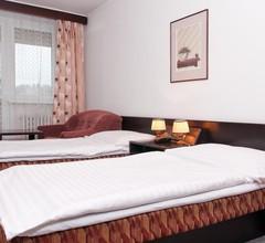 Hotel Merkur 2