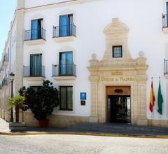 Hotel Duque de Najera 1