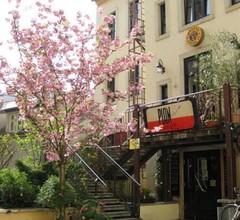 Hostel Louise 20 2