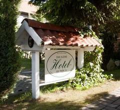 Das Kleine Hotel 1