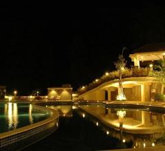 Pines Garden Resort 1
