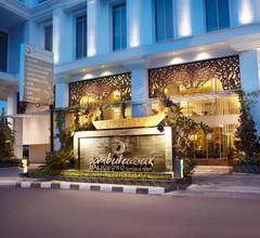 Jambuluwuk Malioboro Hotel Yogyakarta 1