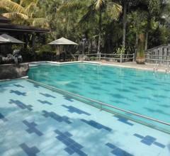 The Oxalis Regency Hotel Magelang 1
