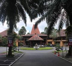 Laras Asri Resort & Spa 2