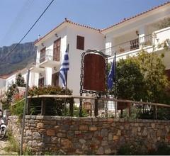 Paraliako Hotel 1