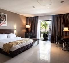 Laguna Hotel 2