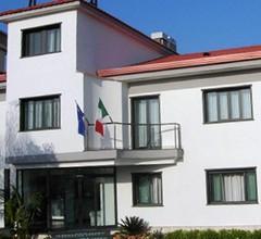 Hotel Blanc 2