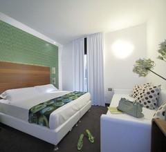 Q Hotel 2