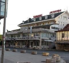 Bojatours Lux Podgorica 2