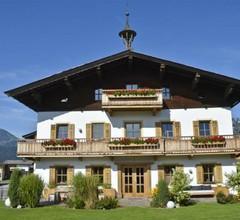 Tierwarthof 1