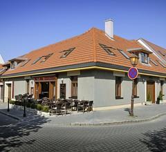 Pension & Restaurant Patriot Trnava 2