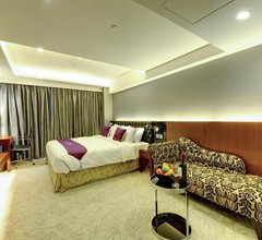 The Bauhinia Hotel - Central 2