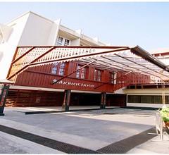 Bharat Hotel 1