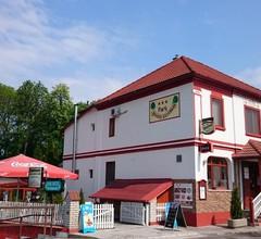 Park Panzió és Étterem 1